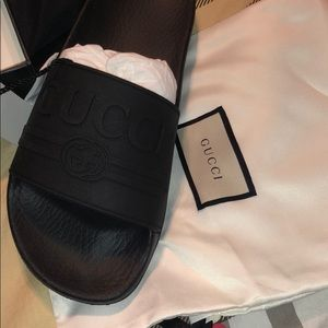 Gucci Shoes - Gucci slippers in black